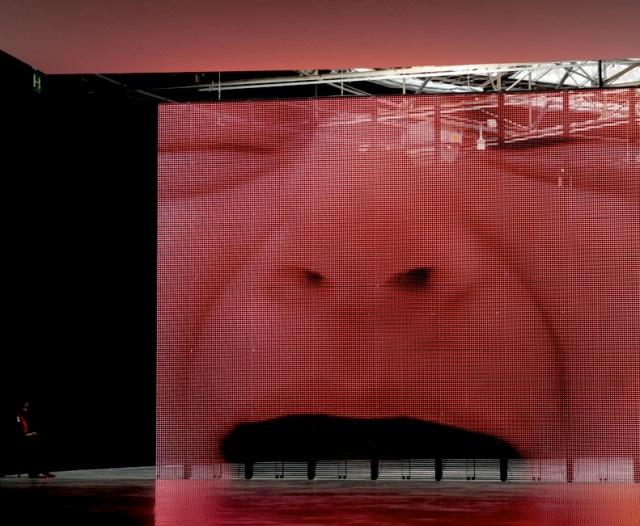 Expo Philippe Parreno, 2013 © AAPERTURA